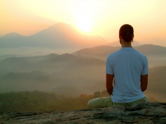 Meditating_man_at_sunrise_1024x769