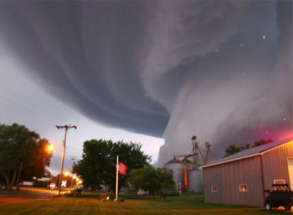 tornado-iowa