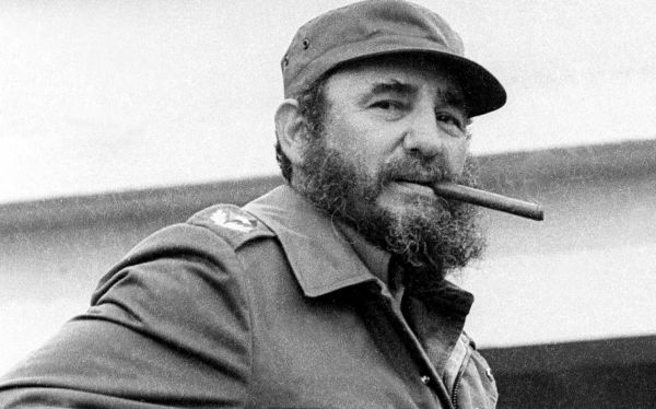 Cuban President Fidel Castro stands at Havana's Jose Marti airport after sending doctors and medical personnel to Armenia to treat earthquake victims in this May 10, 1978 file photo. Castro, who has not been seen in public for 16 months, suggested on December 17, 2007, that he might give up his formal leadership posts, the first time he has spoken of his possible retirement since he fell ill.    REUTERS/Prensa Latina/Files (CUBA)